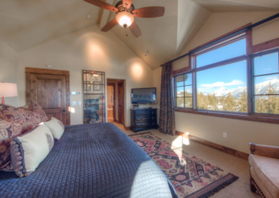 Hackamore 10 1st upstairs bedroom3