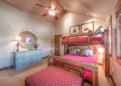 Hackamore 10 2nd upstairs bedroom1