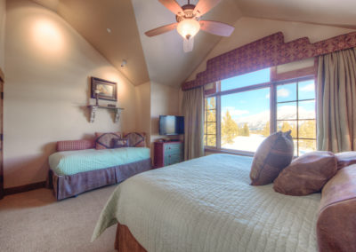 Hackamore 10 3rd upstairs bedroom2