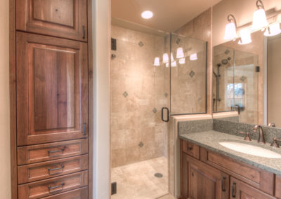 Hackamore 10 game room bathroom1