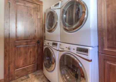 Hackamore 10 laundry
