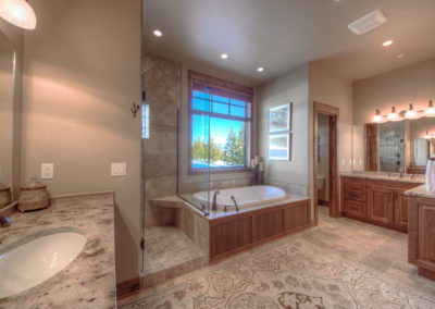 Hackamore 10 master bathroom1