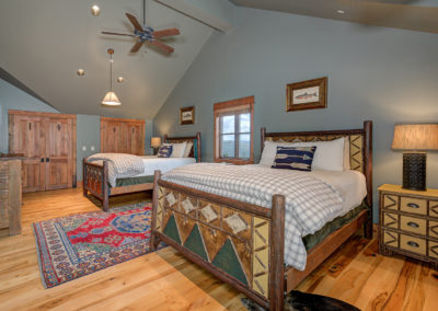 10 Halfhitch 1st upstairs bedroom2