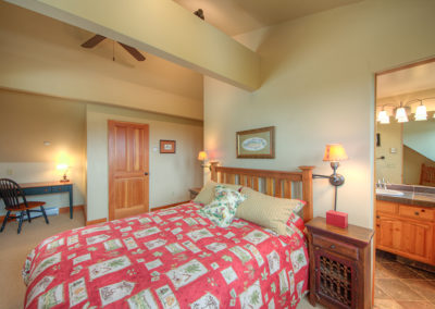 12 Hackamore 1st upstairs bedroom2