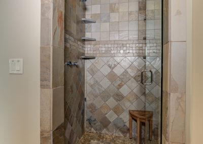 Halfhitch 10 master bathroom1