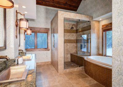 Hackamore 6 1st master bathroom1