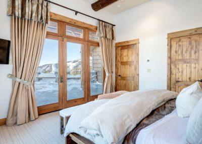 Hackamore 6 2nd master bedroom1