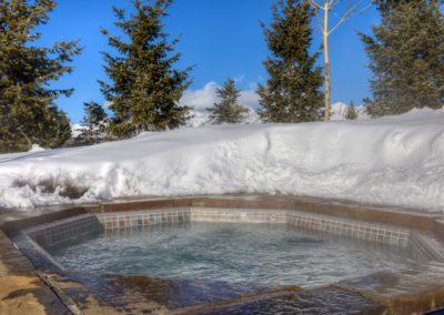 Hackamore 6 hot tub2